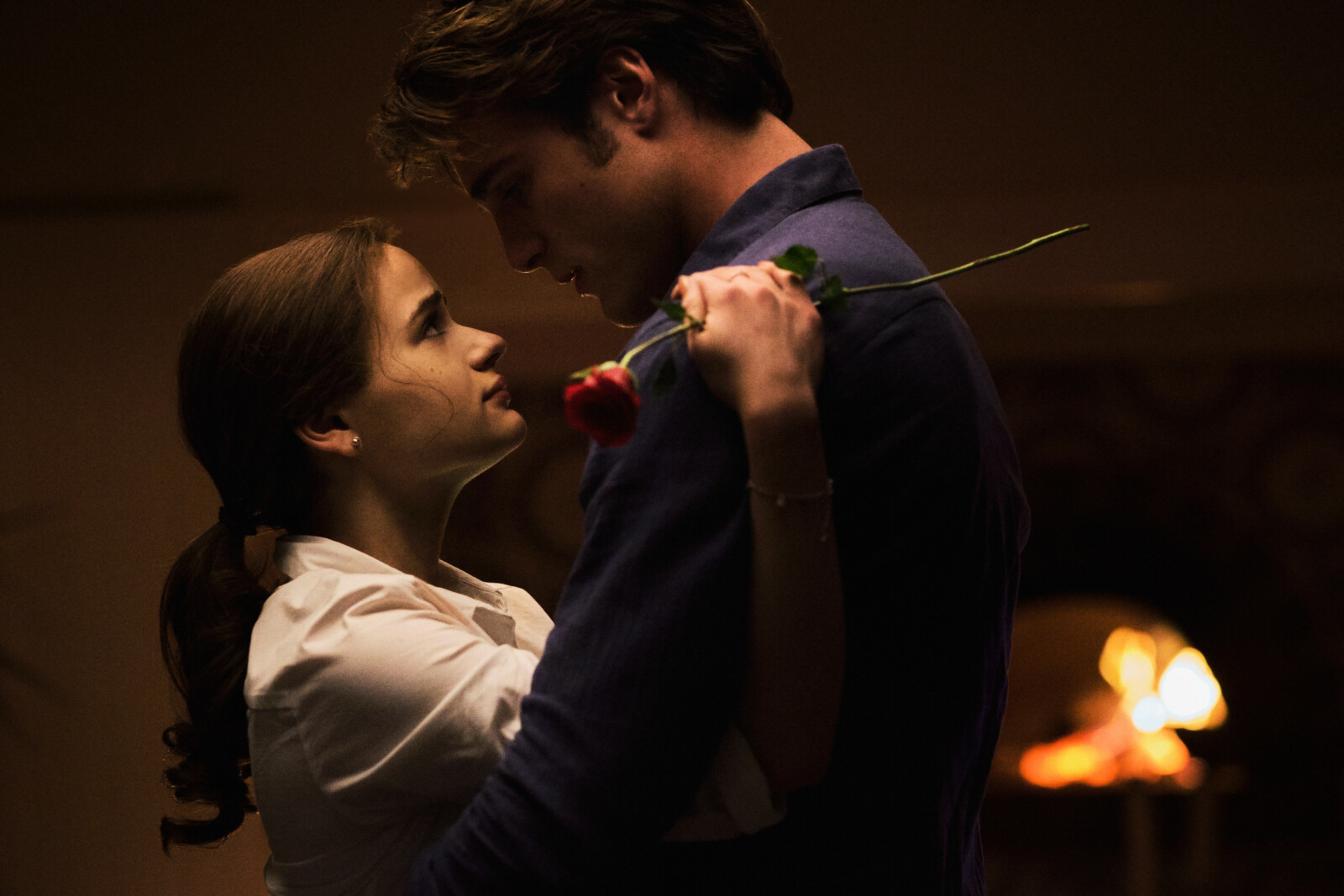 THE KISSING BOOTH 3 (2021) Joey King as Elle and Jacob Elordi as Noah. Cr: Marcos Cruz/NETFLIX